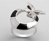 Inel din argint fluturas cu sidef alb si negru