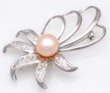 Brosa din argint cu perla de cultura piersic