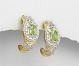 Cercei din argint placat cu aur cu piatra semipretioasa peridot verde si imitatii de diamante