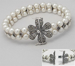 Bratara cu perle cu inchizatoare in forma de floare din argint cu marcasite