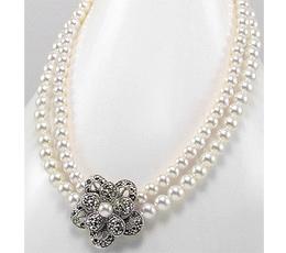 Colier cu floare din argint cu marcasite si perle