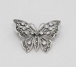 Brosa fluture din argint cu marcasite si strasuri