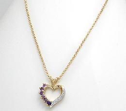 Colier inimioara din alama placata cu aur cu ametist