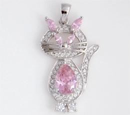 Pandantiv din argint model pisica cu cubic zirconia roz