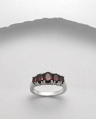 bijuterii pietre rosii