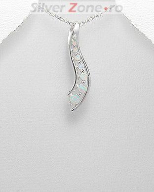 Pandantiv din argint cu opal