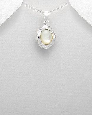Pandantiv din argint cu sidef alb