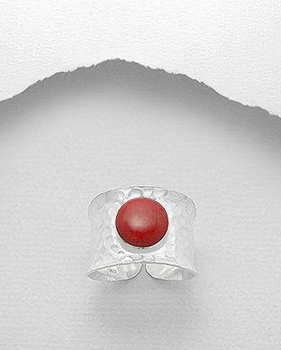 inel din argint cu piatra rosie